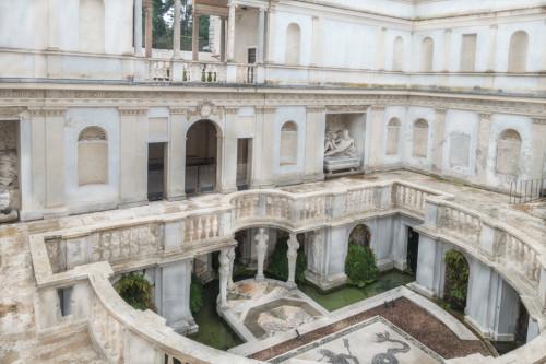 Nimfeum, Bartolomeo Ammannati, willa Giulia - fundacja papieża Juliusza III