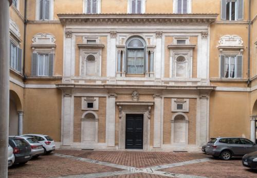 Palazzo di Firenze, dziedziniec - fundacja papieża Juliusza III