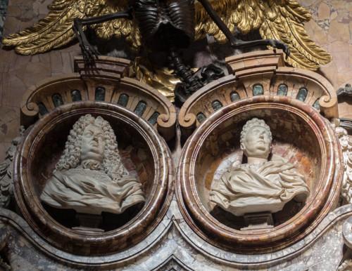 Nagrobek Camilli i Giambattisty Rospigliosi-Pallavicini, fragment, kościół San Francesco a Ripa