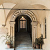 Palazzo Firenze, entrance from the courtyard to the first floor