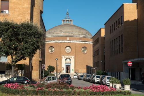 Kościół La Divina Sapienza w kompleksie uniwersyteckim La Sapienza (Città Universitaria), Marcello Piacentini