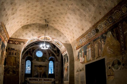 San Silvestro Oratory at the Basilica of Sant Quattro Coronati, wall decorations from the XIII and XVI centuries
