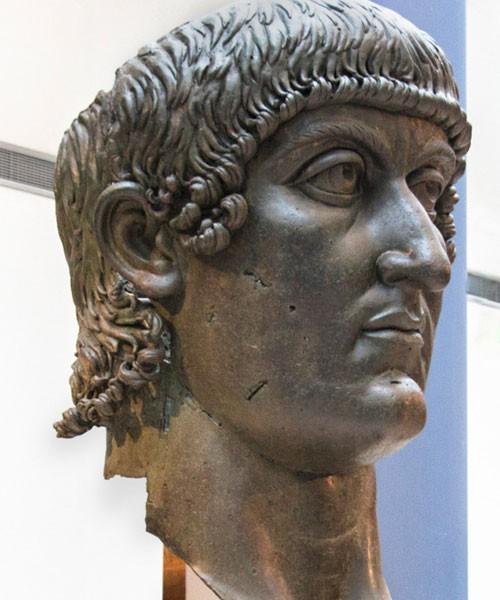 Cesarz Konstantyn Wielki, głowa z brązu, Musei Capitolini