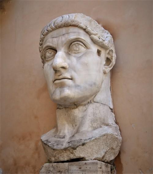Głowa Konstantyna, zachowana część kolosalnej figury cesarza, Musei Capitolini