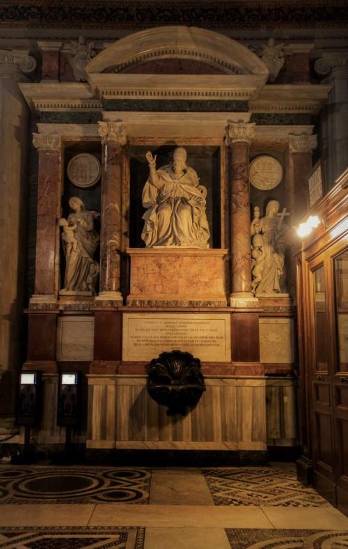 Cosimo Fancelli, alegoria Wiary z pomnika nagrobnego papieża Klemensa IX, bazylika Santa Maria Maggiore