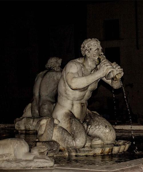 Fontana del Moro, jeden z trytonów Giacomo della Porty, Piazza Navona