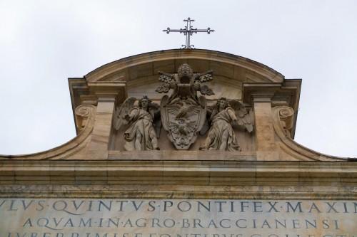Zwieńczenie fontanny dell'Acqua Paola, herb rodu Borghese
