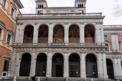 Domenico Fontana, façade of the transept of the Basilica of St. John on the Lateran (San Giovanni in Laterano)