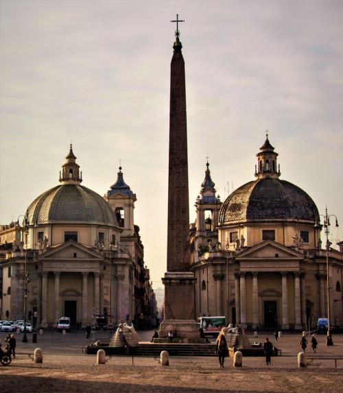 Domenico Fontana, obelisk Flaminio na Piazza del Popolo