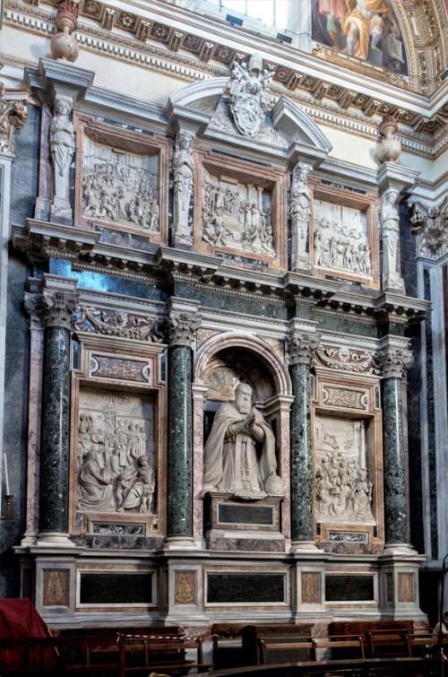 Domenico Fontana, design of the tombstone of Pope Sixtus V, Sistine Chapel (Cappella Sistina), Basilica of Santa Maria Maggiore