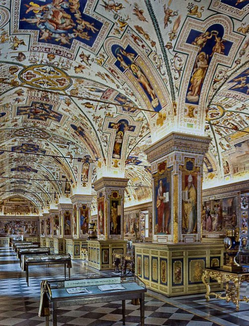 Domenico Fontana, Salone Sistino, Biblioteka Watykańska