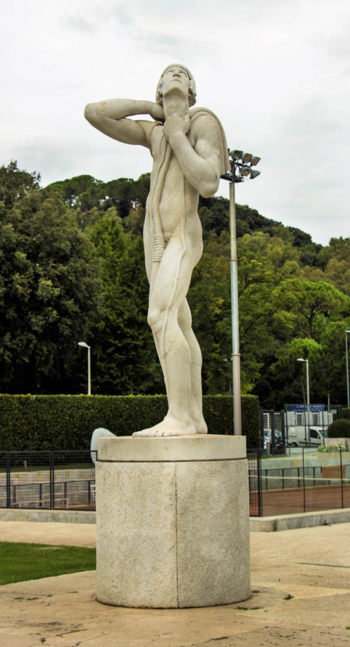 Foro Italico, statue of an athlete, decoration of the tennis court