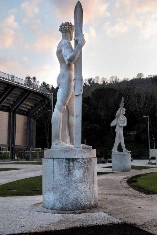 Foro Italico, posąg - dekoracja kortu tenisoweg