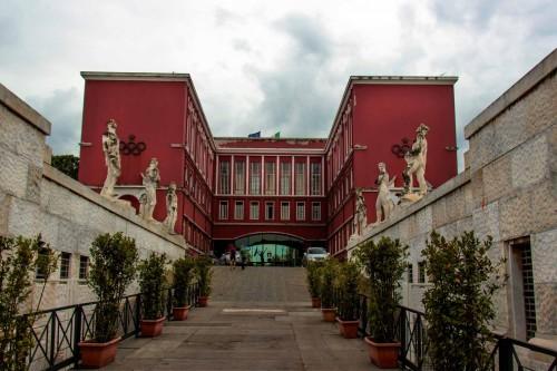 Foro Italico, enterance to the Stadio dei Marmi, in the background the building of the former Accademia di Educazione Fisica