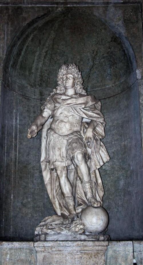 Domenico Guidi, figura Ludwika XIV (prace nad rzeźbą dokończył artysta francuski), Villa Medici