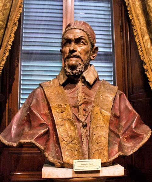 Domenico Guidi, bust of Pope Innocent X, Palazzo Doria Pamphlij