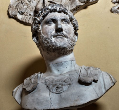 Popiersie Hadriana, Musei Vaticani