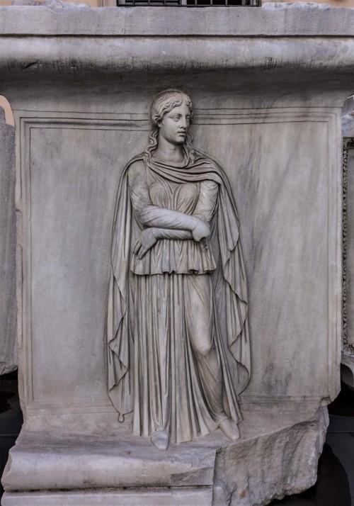 Hadrianeum, Galia albo Germania -personifikacja prowincji, Musei Capitolini